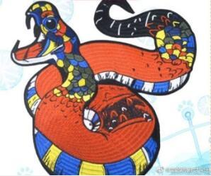 花小龙戏逗大蟒蛇
